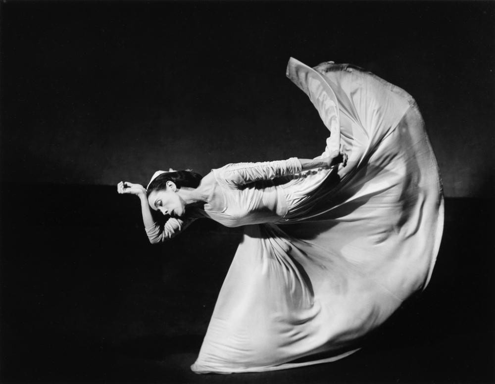 BARBARA MORGAN (1900-1992) Martha Graham, Letter to the World - Kick.