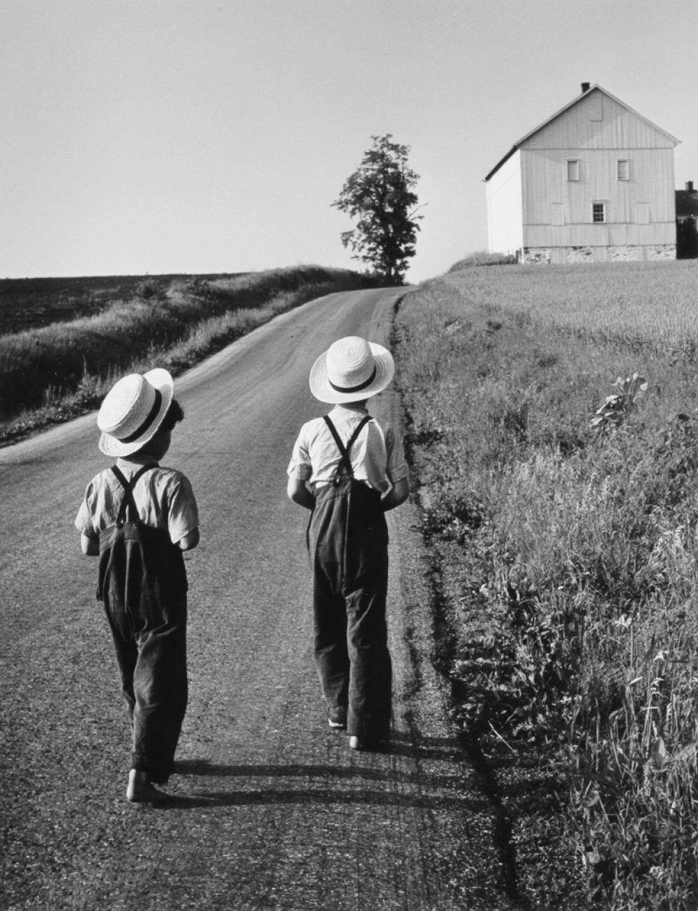 GEORGE A. TICE (1938- ) The Amish Portfolio.