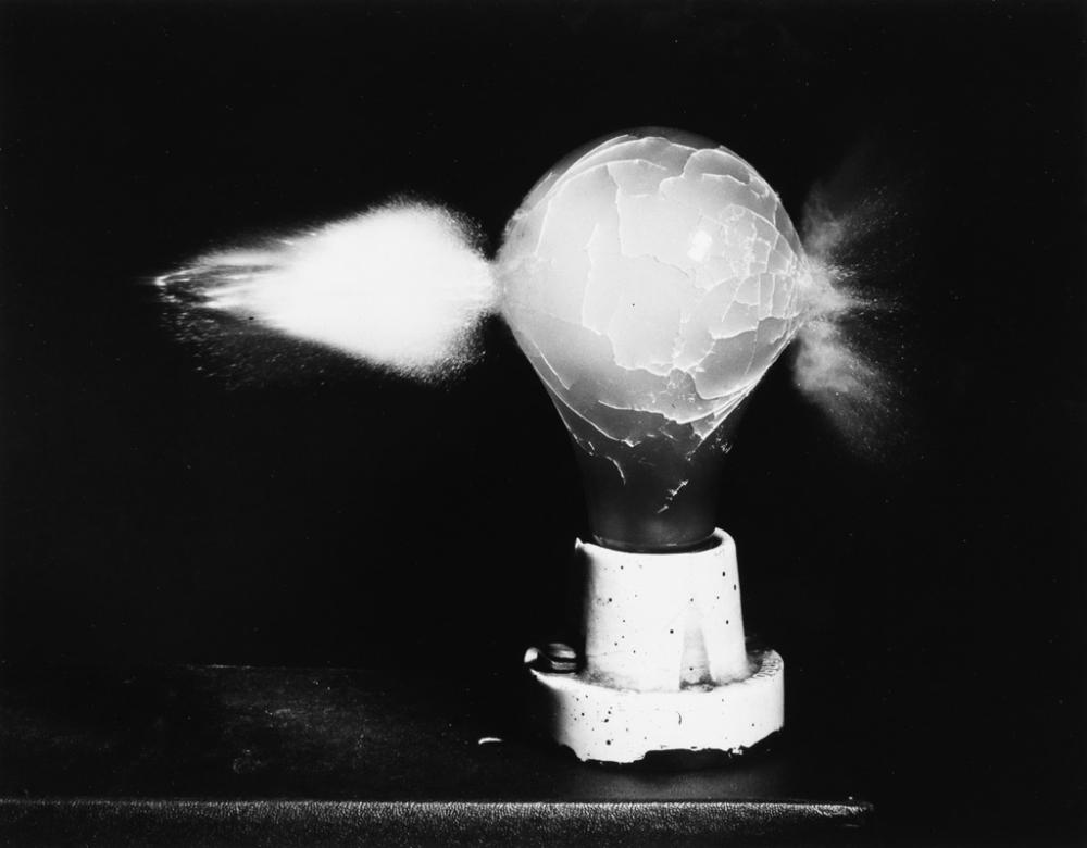 HAROLD EDGERTON (1903-1990) Group of 9 photographs.