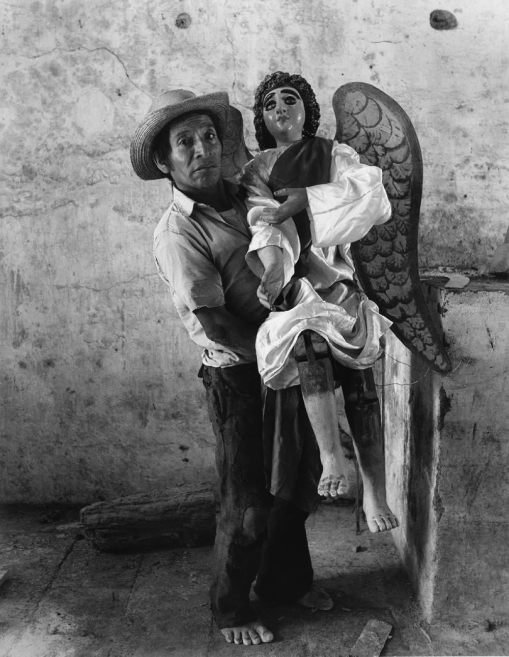FLOR GARDUÑO (1957- ) Retrato de Familia (Family Portrait), Guatemala.