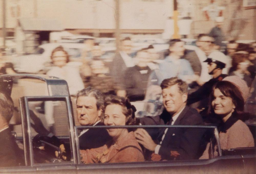 (JOHN F. KENNEDY ASSASSINATION) Pres. and Mrs. Kennedy with the Gov. John Connally and his wife Nellie, Dallas * Vice President Lyndon