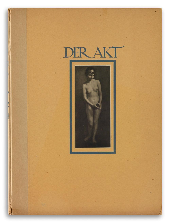GERMAINE KRULL. Der Akt [The Nude].