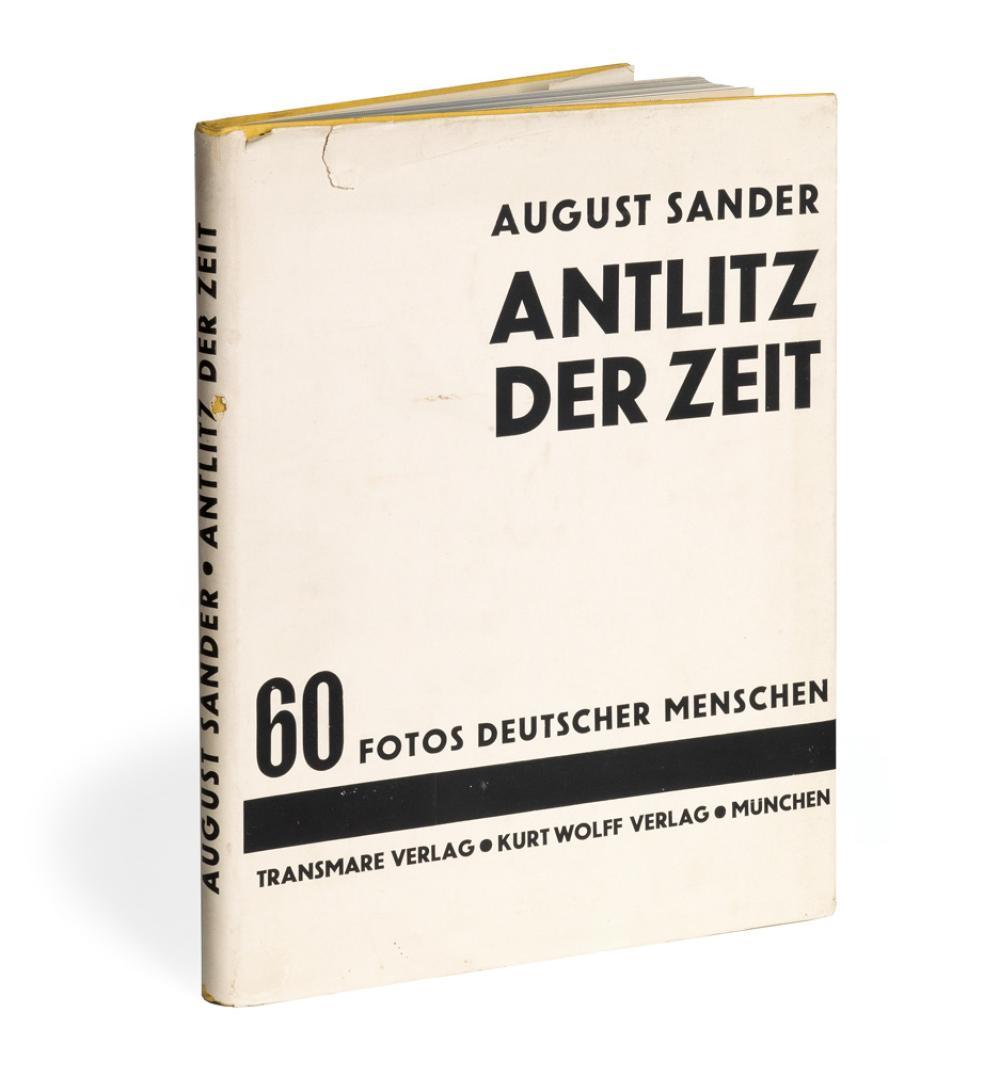 AUGUST SANDER. Antlitz der Zeit: 60 Fotos Deutscher Menschen [Face of Our Time].