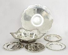 A mixed lot of American silver/metalwares items,