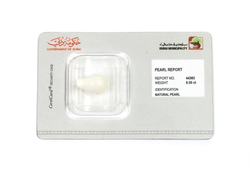 A non-nacreous pearl,