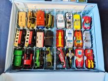 Lot 9: Matchbox Carry Case w/ Cars