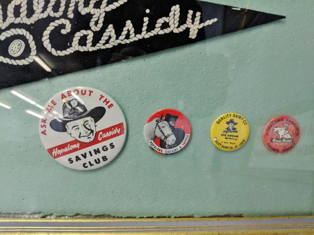 Lot 36: Hopalong Cassidy Pennant w/ Buttons