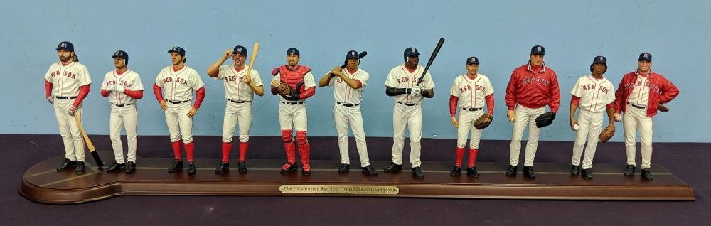 MLB 2004 Red Sox Statue
