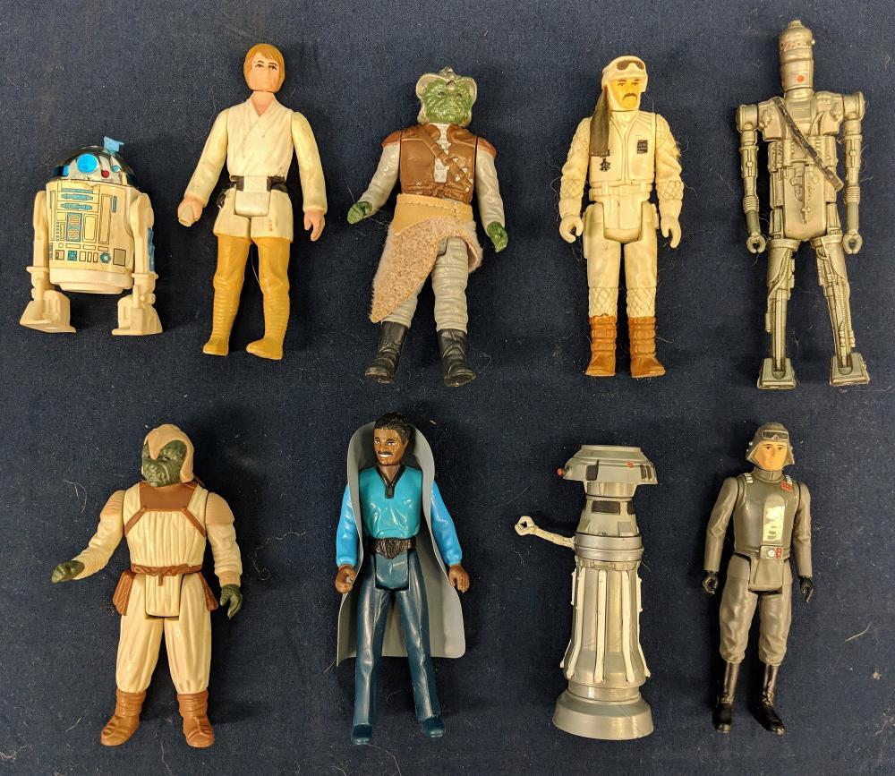 Lot 64: 1970s-1980s Star Wars Figures in Case