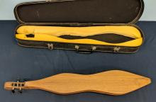Lot 77: Musical Traditions Dulcimer in Case