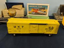 Lot 122: Early American Flyer Trains & Accessories