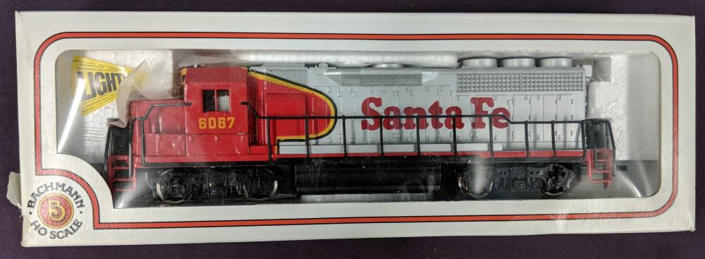 Lot 8A: 2 NOS Bachmann HO Train Sets