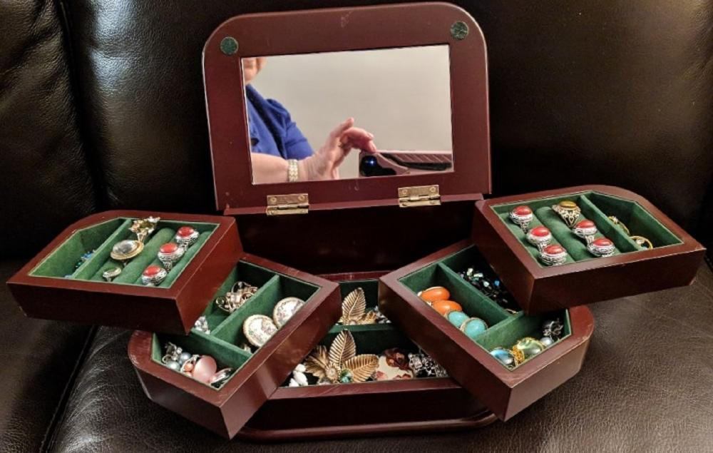 Lot 78: Jewelry Box w/ Costume Jewelry