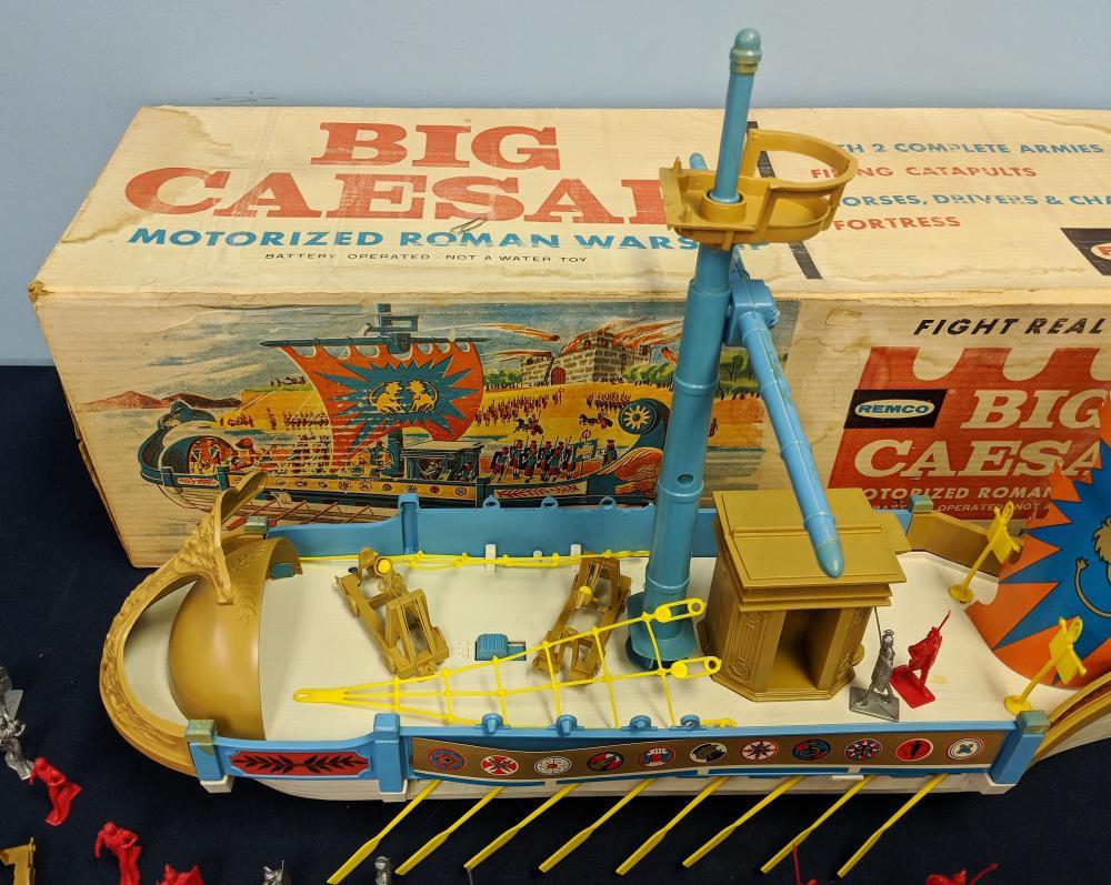 Alle Artikel in Elektrisches Spielzeug Remco Big Caesar Ship 1963