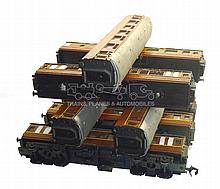 Set of eight O-gauge NSWGR Passenger Coaches