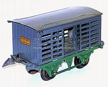 Hornby Series O-gauge Milk Traffic Va