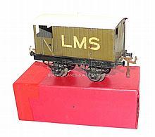 Hornby Series O-gauge LMS Brake Van