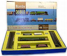 Hornby Dublo 2033 2-rail Goods Set