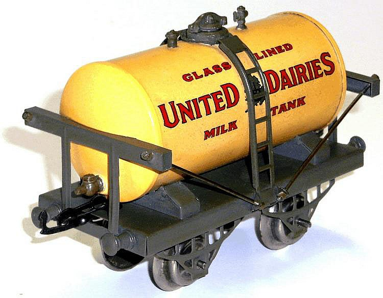 Hornby Series O-gauge Milk Tank Wagon
