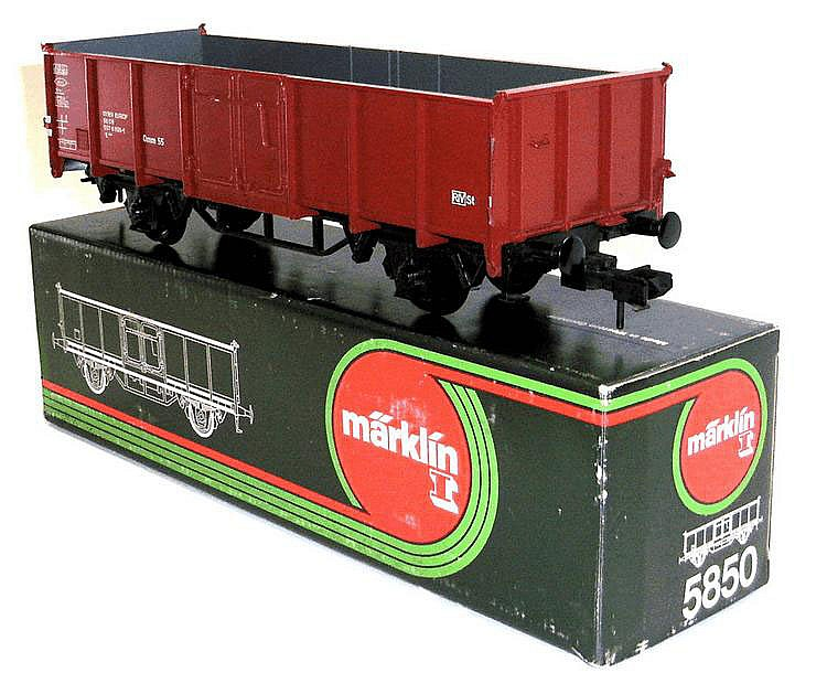 Marklin 1-gauge No. 5850 4-wheel Highside Wagon