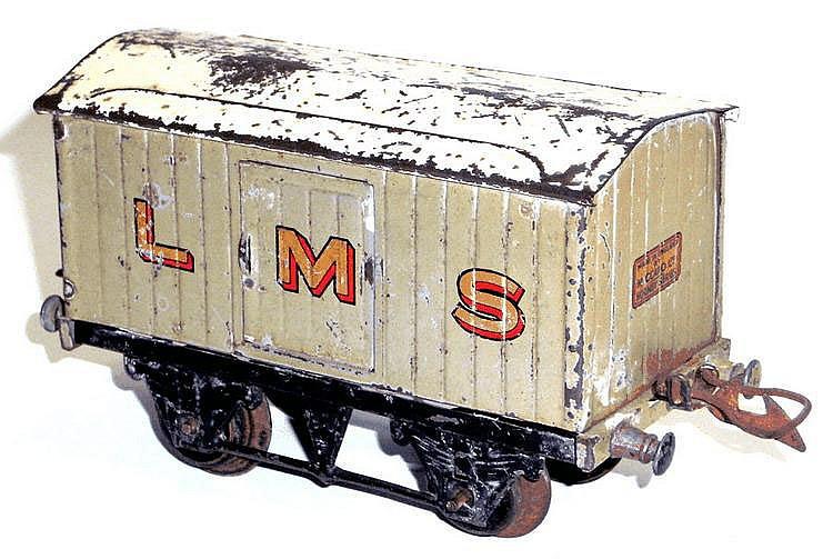 Hornby O-gauge No. 1 LMS Luggage Van