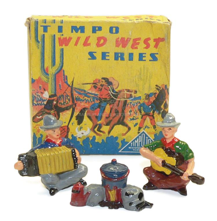 Timpo WW2017 Set of two Cowboy Musicians and Campfire