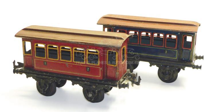 Two Bing 1-gauge 4-wheel Passenger Coaches
