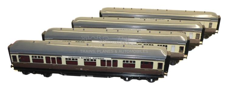Four ACE Trains GW bogie Passenger Coaches