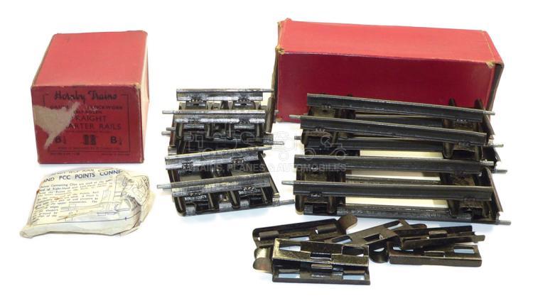 Quantity of Hornby O-gauge clockwork Track