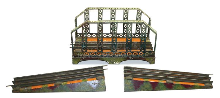 Fandor (Kraus) O-gauge 3-rail tinplate Viaduct with Ramps