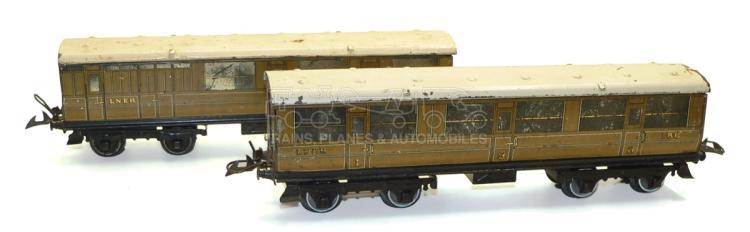 Two Hornby O-gauge LNER Teak bogie Passenger Coaches