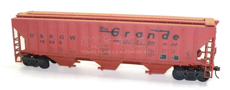 Kit-built O-gauge D&RGW bogie Hopper Wagon