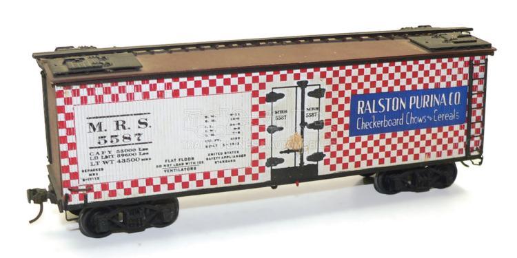 Kit-built O-gauge MRS bogie Box Car