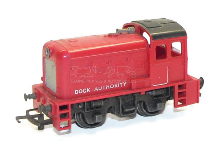 Hornby OO-gauge 0-4-0 Diesel Switcher
