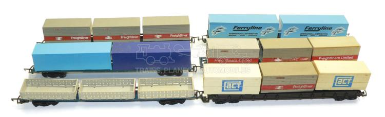 Quantity of OO-gauge Flat Wagons and Containers