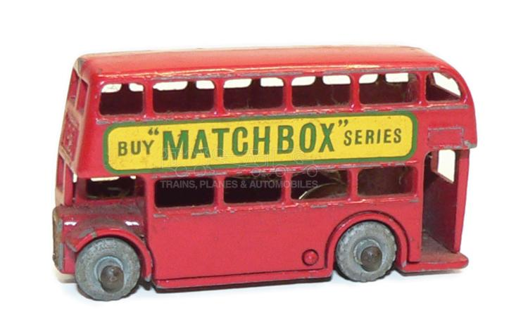 Matchbox No. 5 London Bus, red