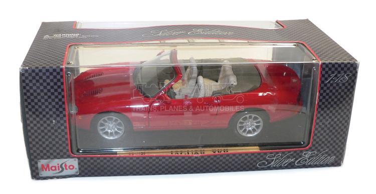 Maisto 32863 1:8 scale 1998 Jaguar XKR