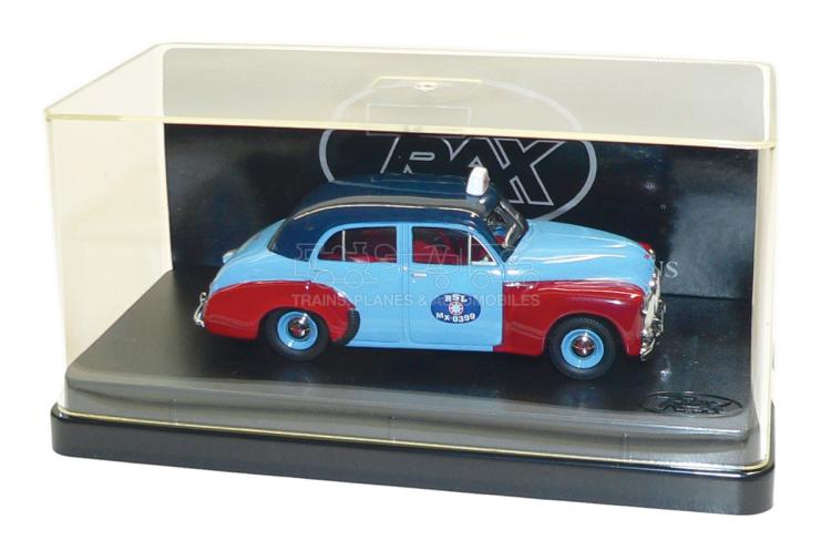 Trax TR15F 1:43 scale Holden 48/215 Sedan Taxi Cab