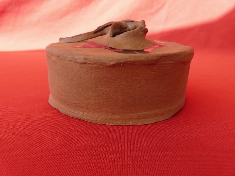 Handmade Stoneware Lizard Seed Jar 1988