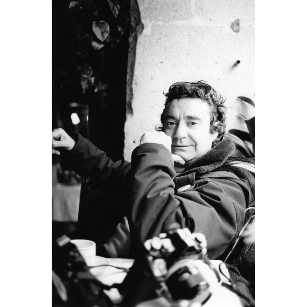 Claude Azoulay Une photographie inédite d'un déjeuner de famille chez Serge Gainsbourg. Serge Gainsbourg, Charlotte Gainsbourg, J...