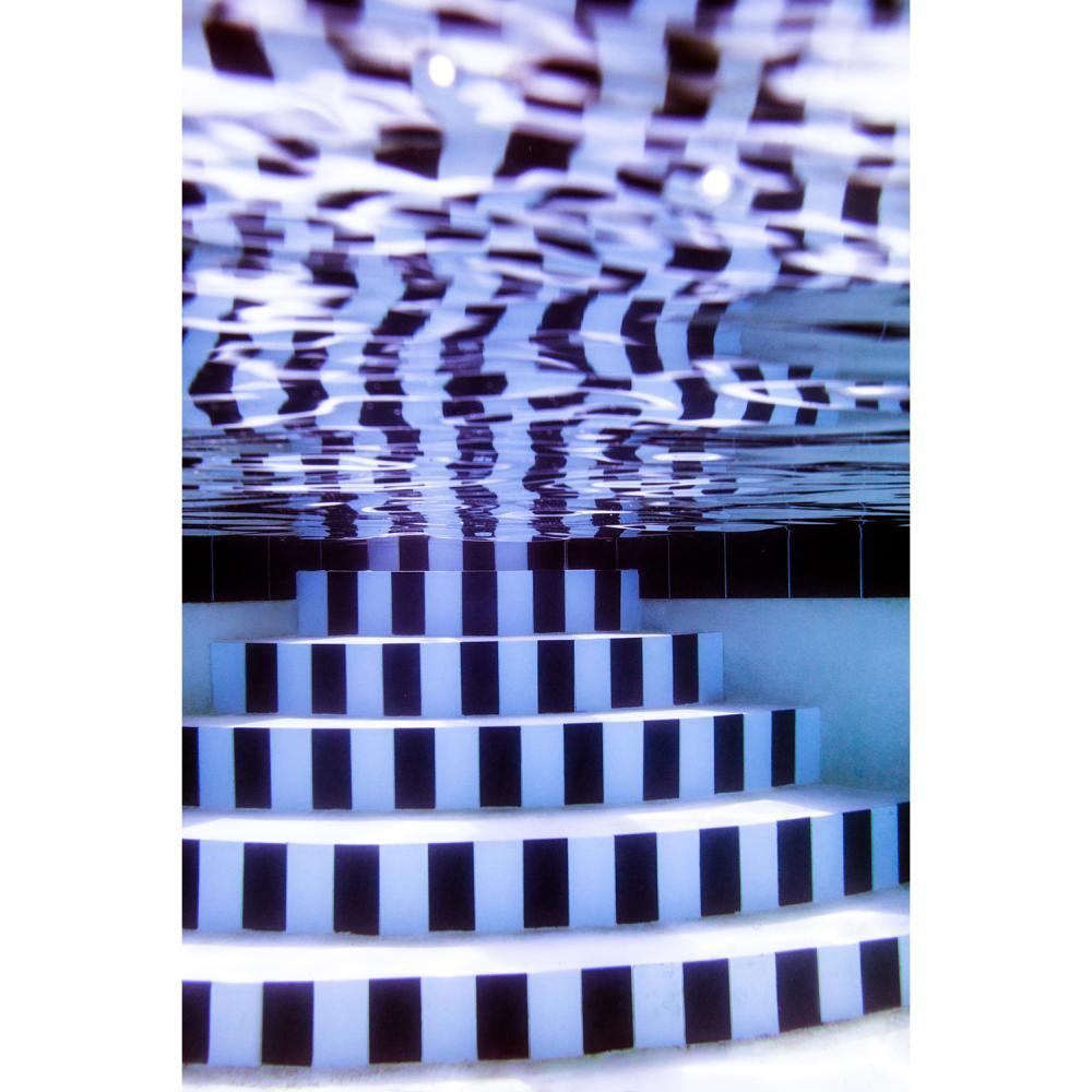 """Robin Cerutti """"Stripes"""" - 2, Série Mirror édition 16x24in ( 41x61cm ) tirage noir et blanc 2/10 Imprimée sur papier d'ar..."""