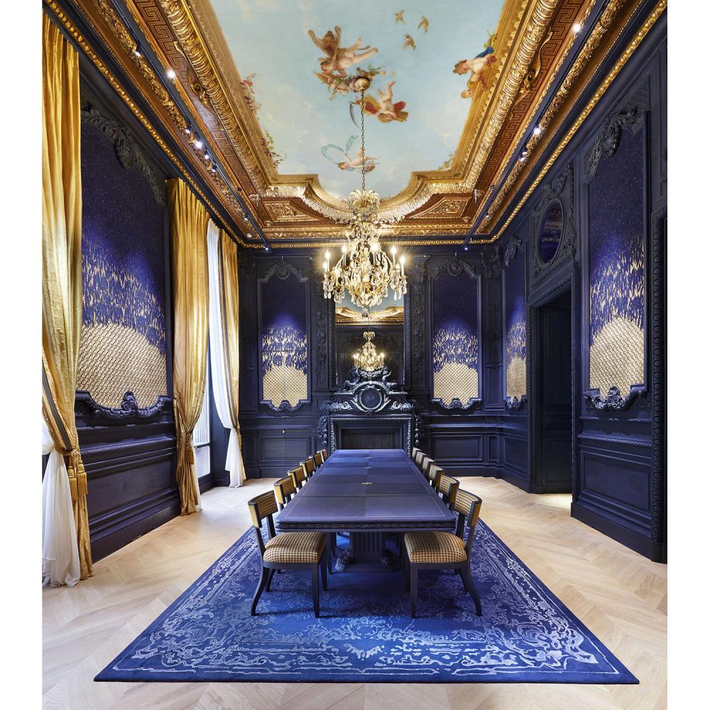 Chaumet Un déjeuner pour deux personnes dans le salon des Perles orchestré par le chef Bastien de Changy, suivi d'une visite privée ...