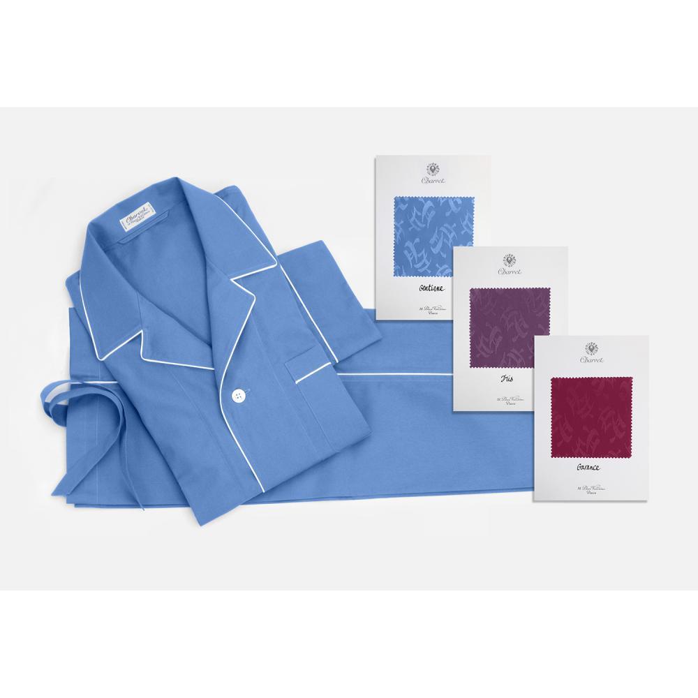Charvet Pyjama sur-mesure à pipage contrasté réalisé dans une réédition unique d'une popeline de coton brochée à motifs « coups d...