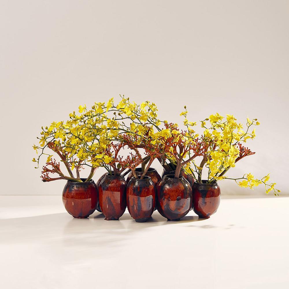 Stéphane Chapelle et Karen Swami Une leçon de fleurs par Stéphane Chapelle dans l'atelier de l'artiste Karen Swami