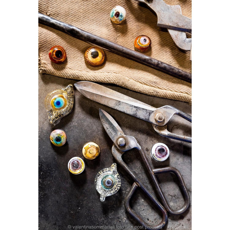Hugh Findletar Broches en verre de Murano, signées par l'artiste (The Spaceless Gallery), la couleur et la forme pourront être pe...