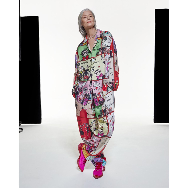 AZ Factory Un pyjama en soie de la première collection AZ Factory et un sketch book exclusif par Alber Elbaz