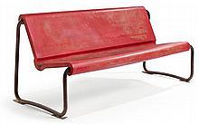Willy GUHL (1915-2004) A large tubular fiberglass reinforced polyester bench, steel tubular frame. Height. 31 3/4 in - Length. 74 3/4 i