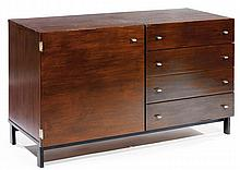 Pierre GUARICHE (1926-1995) & MEUROP (Éditeur) A revarnished mahogany veneer cabinet, black lacquered steel legs, metallic pulls, circa