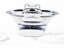 Angelo MANGIAROTTI (né en 1921) & METEA (ÉDITEUR) A circular translucent plexiglass bowl. Height. 7 1/4 IN. - Diam. 11 3/4 IN. Haut. 18