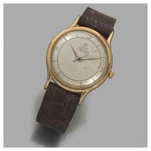 OMÉGA CHRONOMèTRE. ANNÉES 50 A pink gold self winding wristwatch by OmÉga, circa 1950.